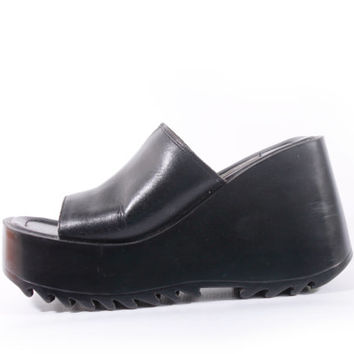 630d6c9248a 90s Vintage Black Leather Chunky Platform Shoes Slip On Mules Steve Madden  Minimalist Goth Club Kid