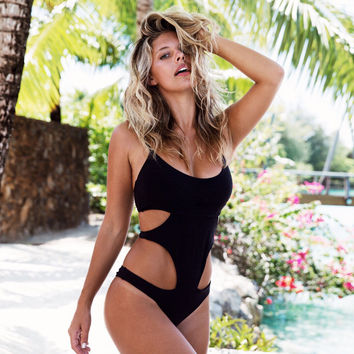 2017 Hot Professional Sports Swimwear For Women One Piece Racerback Swimsuit Monokini High Quality Brand Slimming Bathing Suit