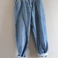 Levis 550 Waist 29 Vintage Levi's Jeans Mid Waist Relaxed Fit Zip Fly Medium Blue washed Denim Boyfriend Jeans Mom Jeans 9X31 #P012A