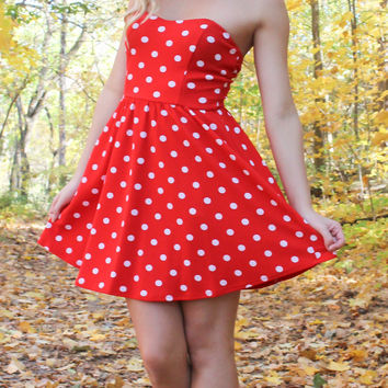 Polka Dot Strapless Dress - Red