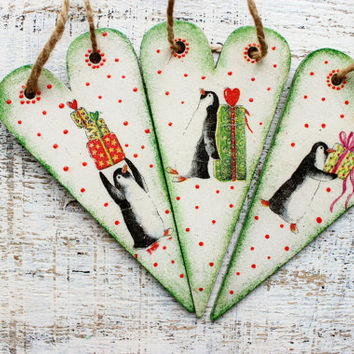 Set of 3 wooden Christmas ornaments Christmas decoration vintage look hearts boho rustic cottage chic shabby chic green pinguinos penguins
