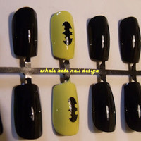 Batman Black and Yellow False Nail Set