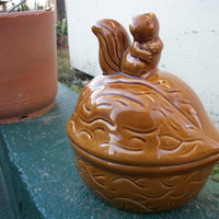 Vintage Squirrel and Walnut Cookie Jar