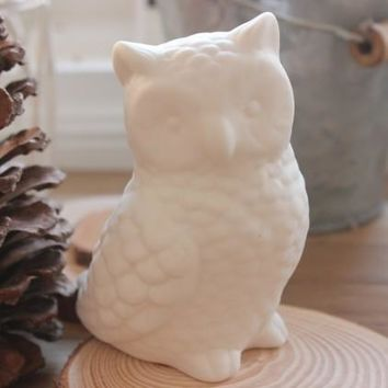 White Ceramic Decoration Home Accessories White Owl Porcelain Home Decoration Cute Pottery Owl Figurine Desktop Decoration