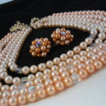ON SALE Vintage Peach   Off White Faux Pearl 5 Strand Necklace C 639a3e4ed2