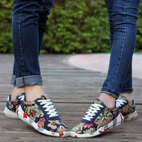 Unisex Women Men Shoes 2016 Spring Summer Fashion Print Flower Lover Shoes Flat Breathable Canvas Shoes Hombres Mujer Zapatillas