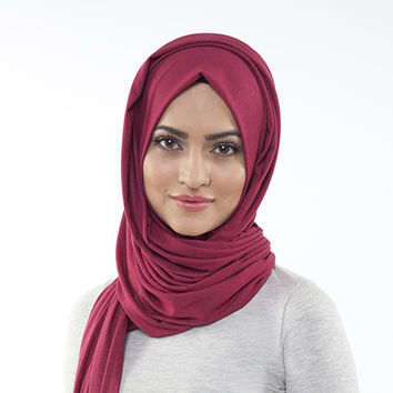 RASPBERRY RED MAXI JERSEY HIJAB RASPBERRY RED MAXI JERSEY HIJAB [] - $23.08 : Inayah, Islamic clothing & fashion, abayas, jilbabs, hijabs, jalabiyas & hijab pins