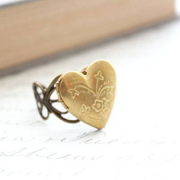 Heart Locket Ring, Adjustable Ring, Novelty, Love Romance Unique Filigree Photo Locket Secret Hiding Place Memories and mementos Gold Brass