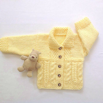 Infant cardigan - 6 to 12 months - Baby shower gift - Baby knitted sweater - Baby clothing