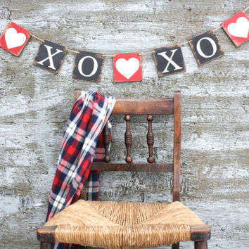 FREE SHIP Wood XOXO Heart Valentine's Day Banner Love Garland Wood Tags Signs