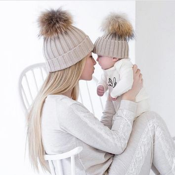 Winter Autumn 2PCS set Family Knit Crochet Caps Faux Fur Beanie Hat Mother Daughter Son Baby Boy Girl skullies Cap