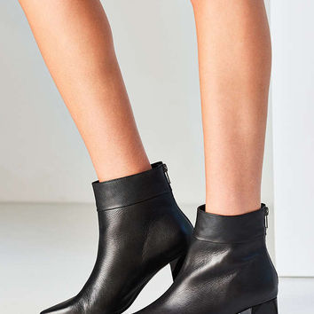 Intentionally Blank Jacob Ankle Boot - Urban Outfitters