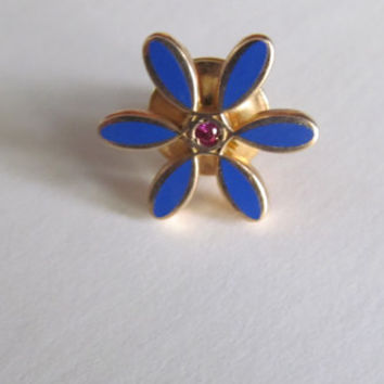 Bohemian Blue Forget me Not Flower Brooch Pin Back Pin Pink Birthstone Center Festival Hat Pins