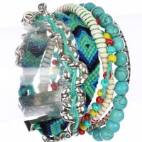 TURQUOISE BEADED NATURAL STONE FABRIC BRACELET