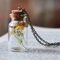 Real Flower Bottle Pendant, Botanical Necklace, Glass Bottle Pendant , Dried Flowers Necklace