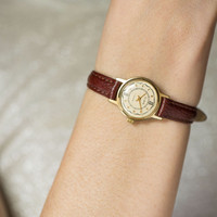 Romantic woman's watch gold plated Glory wristwatch round case classic watch premium leather strap