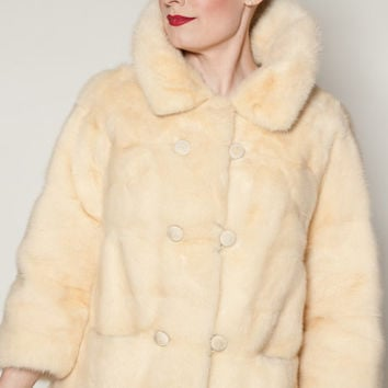 Vintage 1960s Mink Coat Genuine Fur Wedding Winter White Bridal Fashions