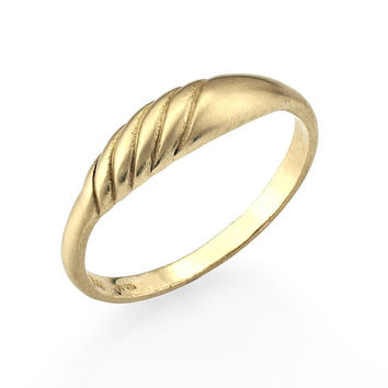 Delicate 14k Gold Handcrafted Wedding Band