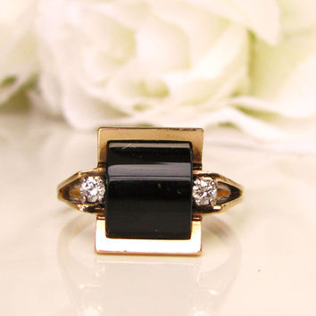 Vintage Onyx & Diamond Ring Retro Alternative Engagement Ring 14K Gold Unique Curved Onyx Ring Size 7!