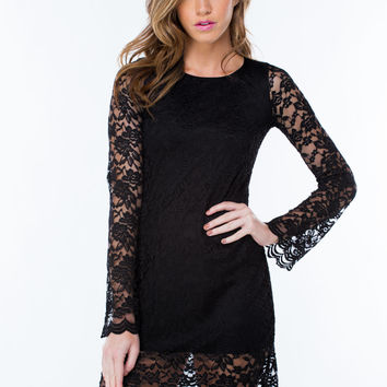 Lace Stay Together Scalloped Dress