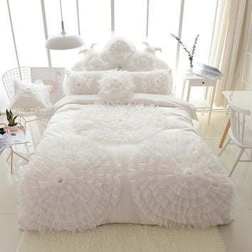 Luxury Three Flowers Bedding Sets Quilt Duvet Cover Bed skirt Sets Duvet Cover Bed Cotton Wedding Gift 8/9pcs American