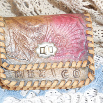 Darling little Mexico Tooled Leather Purse