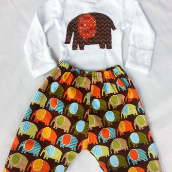 Boy's newborn clothing set - Boy's bodysuit and pants set - Elephants clothing set - Appliqued bodysuit set - Boy's long sleeve all in one -