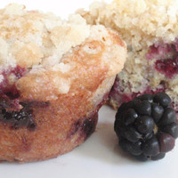 Blackberry Spice Muffin Cupcakes by BakeAllTheThings on Etsy