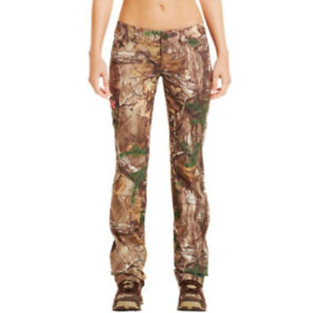 Under Armour Women's Camo Performance Field Pant (Realtree AP Xtra) 1227666-946