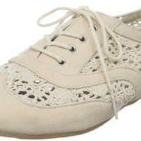 Wanted Shoes Women's Neat Lace-Up Oxford