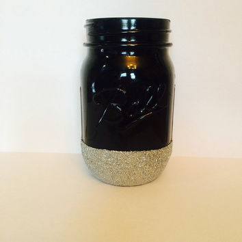Shabby Chic Makeup Brush Holder/Party Center Piece/Pen Holder/Pencil Holder Black Mason Jar with Silver Glitter Bottom