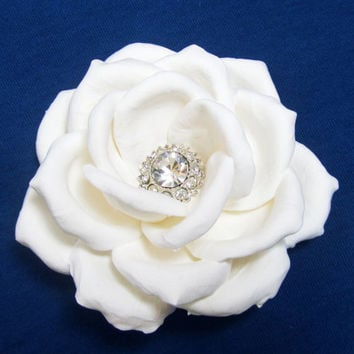 Ivory rose. White rose with rhinegstones. Bridal hair accessories. Wedding hair flower