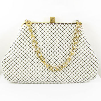 Vintage Whiting and Davis Purse, White Mesh / Vintage White Mesh Wedding Purse - Sac de Soirée Blanc.