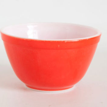 Vintage Pyrex Red Mixing Bowl, Uncommon Prep Bowl 401, 1 1/2 Pint, 750 ml, Made in USA, Goes with Orange Red Set (?)