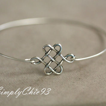 Celtic Knot , Single Pearl, Silver Bangle Bracelet , Christmas Gift, silver knot,valentine gifts