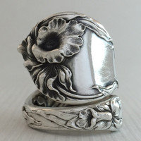 Size 8.5 Vintage Sterling Silver Floral Spoon Ring