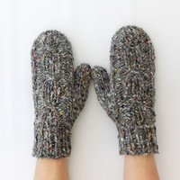 Mittens Grey with Cable Pattern