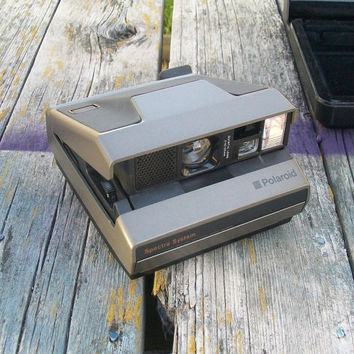 Vintage Polaroid Spectra System Instant Camera with hard case 1980s