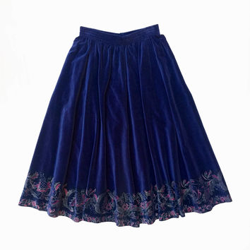 PRUE ACTON!!! Vintage 1970s 'Prue Acton' gathered navy cotton velvet skirt with delicate floral print hem