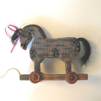 Vintage Wooden Horse pull toy, Primitive Folk Art, Home decor, Real Horse Hair