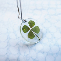 Four Leaf Clover Necklace Lucky Charm St. Patrick Resin Jewelry Irish Transparent Pendant 925 Silver Plated