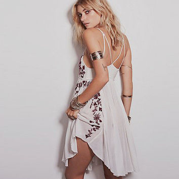 Embroidery Sexy Spaghetti Strap Vest Dress One Piece Dress [4918392324]