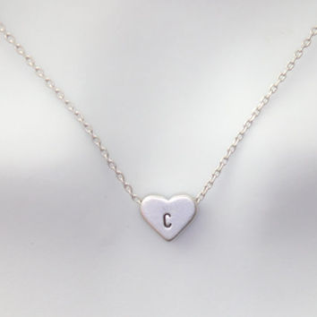 Small heart initial necklace, silver heart jewelry, initial petit heart necklace, minimal jewelry, bridesmaid gift jewelry, wedding necklace