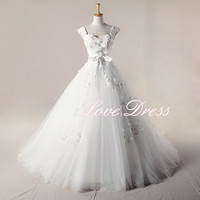 Amazing applique Court Train Organza Wedding Dress