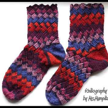 Crazy Unique Spiral Socks - handknit from quality yarn - Size EU 41-44/US 11-14