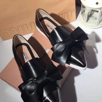 MIU MIU Fashionable casual shoes