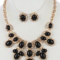 Kendall Statement Necklace (Black)