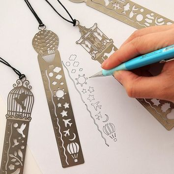 Drawing Toys  4 Styles Hollow Metal Painting Bookmark Ruler For Kids Student Gift School Art Supplies