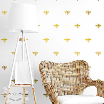 Bee Wall Decal / Bumblebee Stickers / Home decor / Nursery Wall Decal / Bee Wallpaper