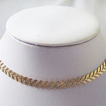 fish bone gold choker necklace, gold choker necklace, chocker necklace, fish tail necklace, fish bone necklace, collar necklace